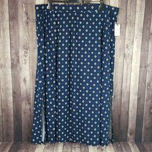 Terra & Sky navy geometric side slit maxi skirt